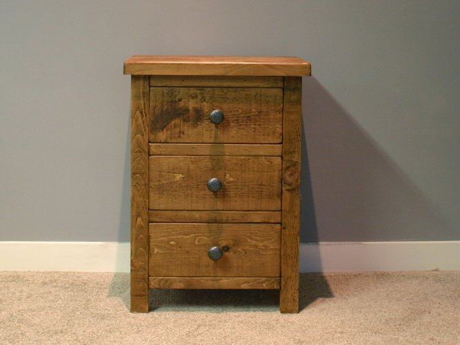 H&F Plank 3 Drawer Bedside