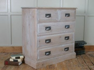 H-amp-F-Parisienne-2-Over-3-Drawers_800_874_3WD5C.jpg