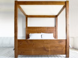 EXDISPLAY 5FT Plank Emperor Bed
