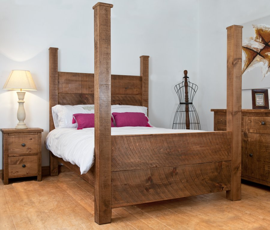 plank beds | wooden beds | rustic wood beds | four poster beds | h&f